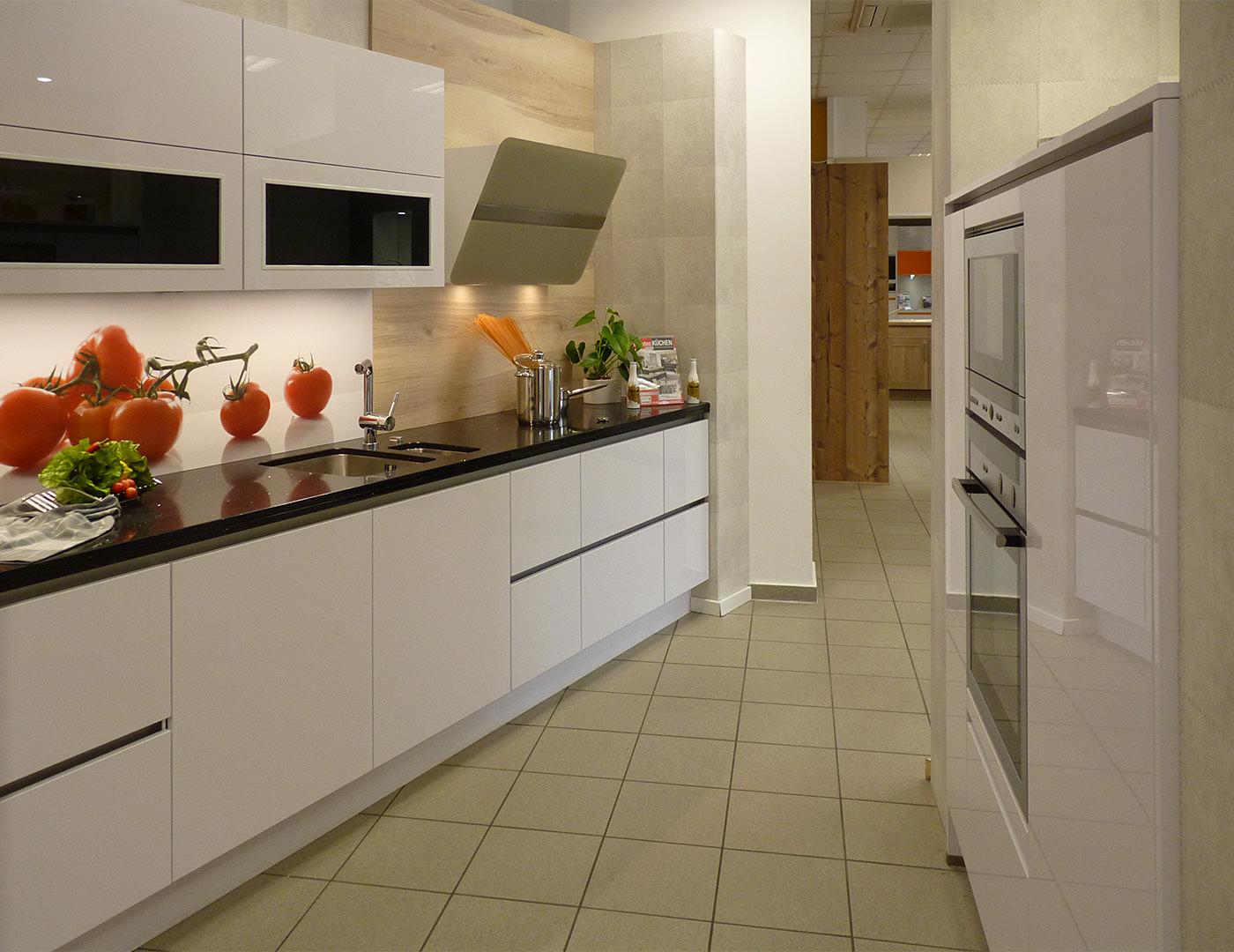einbauk chen f r den kreis oberhavel und berlin brandenburg. Black Bedroom Furniture Sets. Home Design Ideas