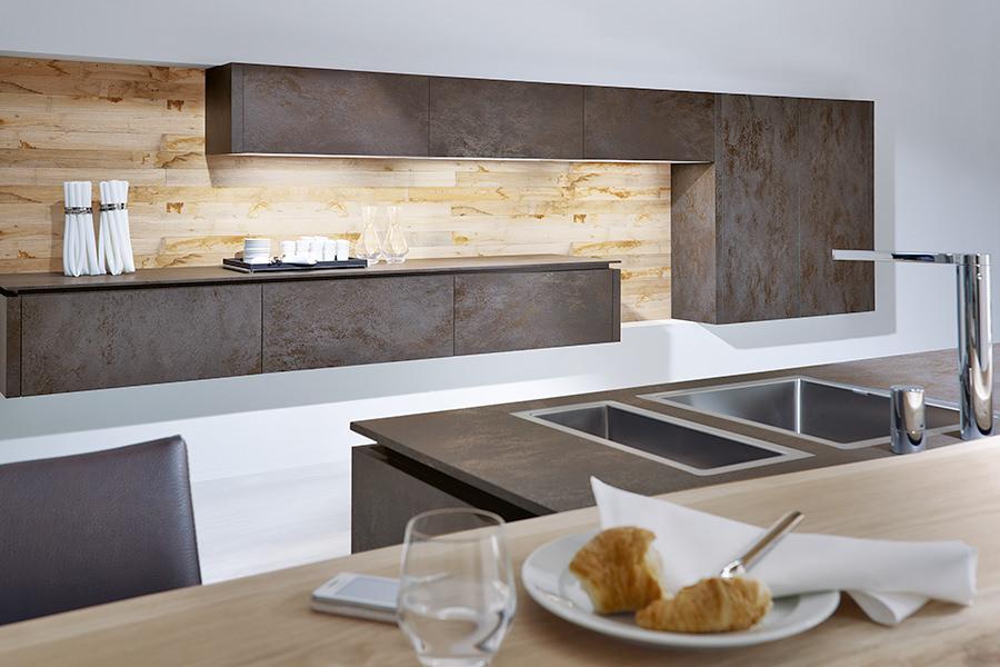 abverkauf jetzt reduzierte k chen in bernau und. Black Bedroom Furniture Sets. Home Design Ideas